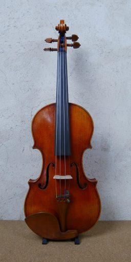 501003 2 256x512 - Violon Allemand, fait main - Luthier à la Roche Sur Foron