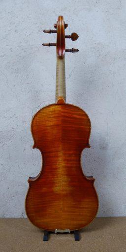 501003 3 256x512 - Violon Allemand, fait main - Luthier à la Roche Sur Foron