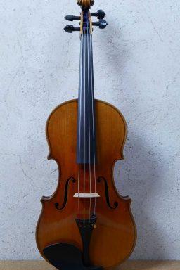 D115 1 256x384 - Alto Allemand vers 1930 - Luthier à la Roche Sur Foron