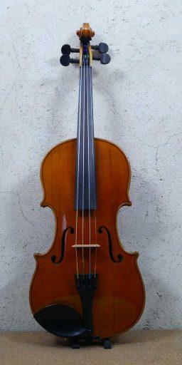 AR00293 3 256x512 - Violon Allemand début 1900 - Luthier à la Roche Sur Foron