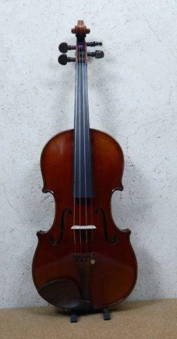 DPV258 2 256x489 - Violon de Charles Bailly 1945 - Luthier à la Roche Sur Foron