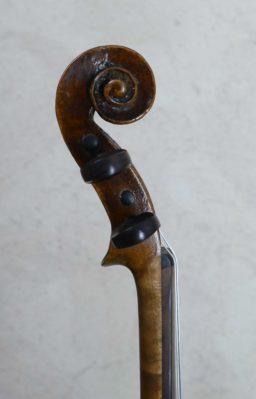 AR00533 1 256x399 - Violon Allemand en copie début XXème - Luthier à la Roche Sur Foron