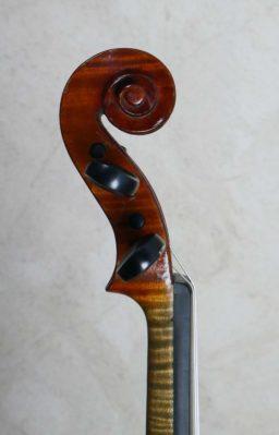 DPV280 3 256x399 - Violon de J. B. Colin - Luthier à la Roche Sur Foron