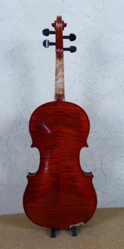 F631 3 256x512 - Violon modèle d'après Maugenot - Luthier à la Roche Sur Foron